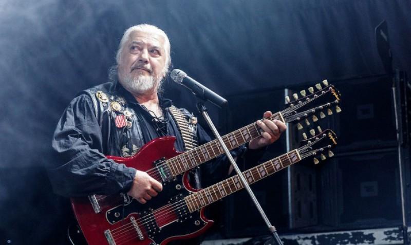 """Simbolul unei generații: legendara trupă """"Phoenix"""" concertează astăzi la Botoșani! (VIDEO)"""