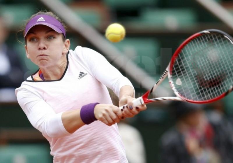 Simona Halep a demolat-o pe Alisa Kleibanova şi a trecut în turul 2 la Roland Garros