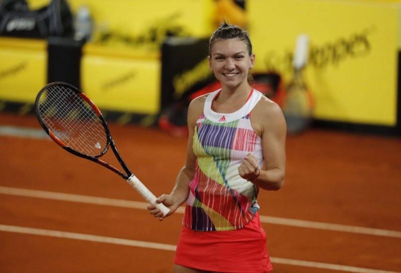 Simona Halep s-a calificat în finala de la Roma! Victorie categorică în fața lui Kiki Bertens