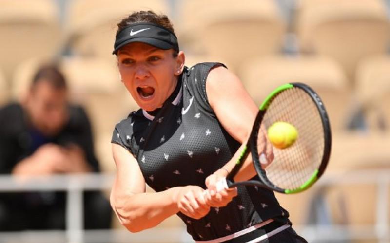 Simona Halep s-a CALIFICAT în optimi la Wimbledon 2019, după ce a învins-o pe Victoria Azarenka