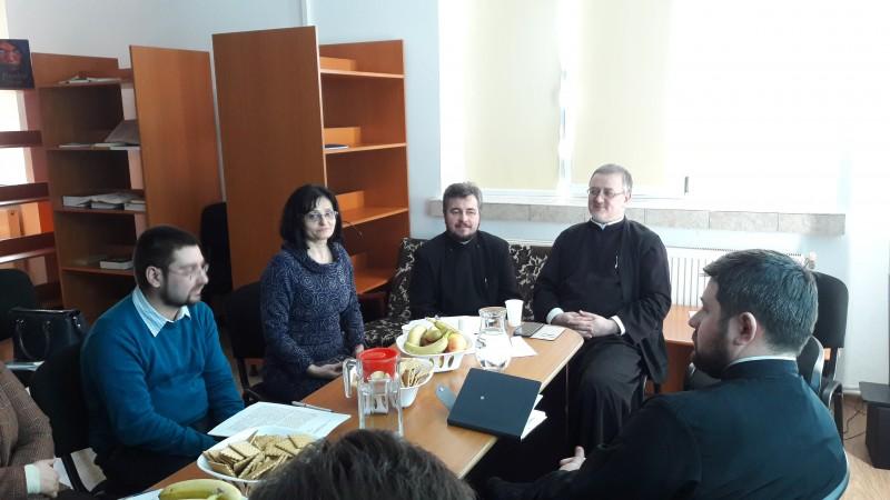 """Simpozionul interjudeţean """"Ştiinţele socio-umane şi Religia - abordări interdisciplinare"""", la Seminarul Teologic Botoșani! FOTO"""
