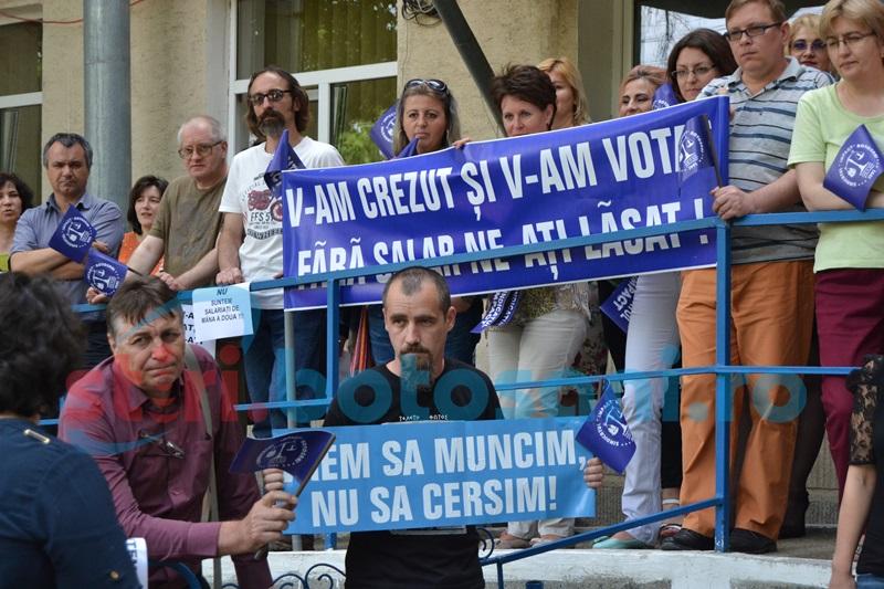 Sindicaliştii din asistenţă socială cer preşedintelui Iohannis să NU promulge legea salarizării!