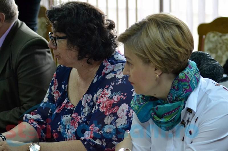 Angajaţii unei unităţi medico-sociale din Botoşani nu şi-au primit salariile de două luni!