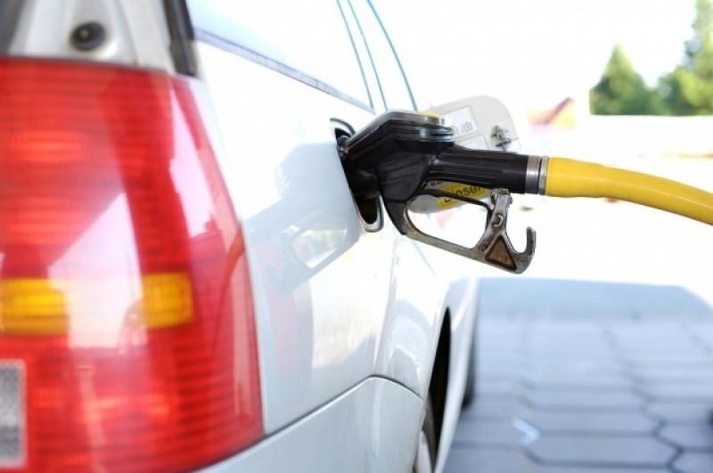 Singura localitate din România unde motorina și benzina sunt ieftine