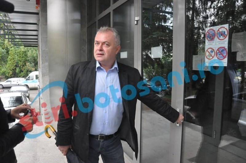 """ŞOC în administraţia botoşăneană! Cătălin Flutur urmărit penal pentru """"afacerea Mall"""""""
