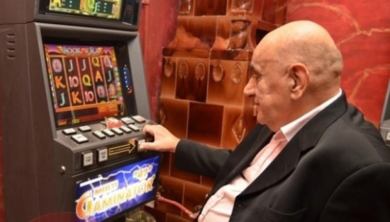 Societatea în derivă. Sălile de jocuri de noroc dețin supremația în divertismentul din România