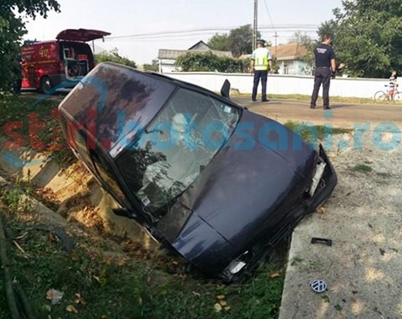Șofer rănit după ce s-a izbit violent de un cap de pod! FOTO