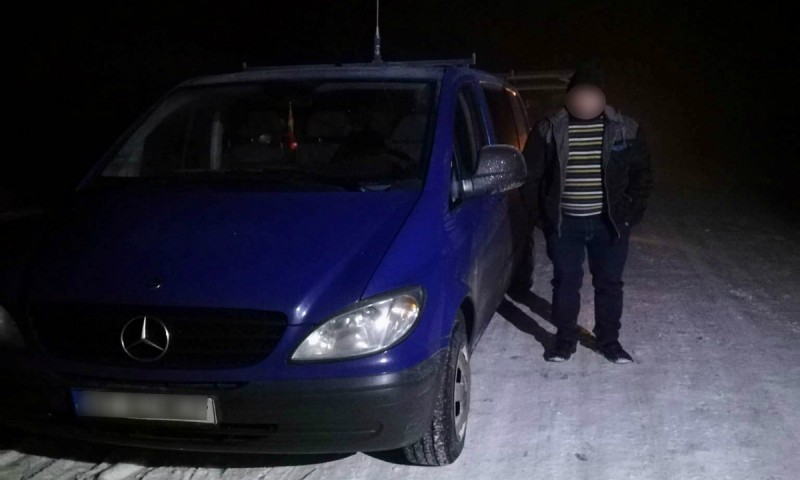 Șofer sub influenţa băuturilor alcoolice, depistat de polițiștii de frontieră la volanul unui Mercedes Benz!