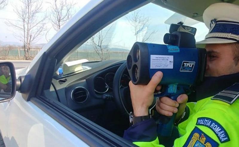 Șofer uns cu dosar penal după o cursă cu 120 de kilometri la oră