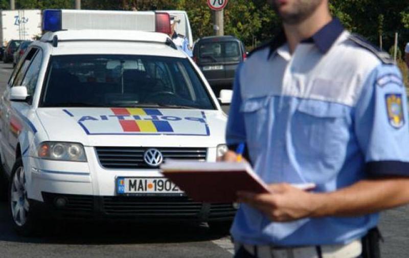 """Șoferi tupeiști, în conflict cu Poliția Română! De la """"Nu am chef să semnez, bă!"""" la """"Hai, calcă-mă!"""" VIDEO"""