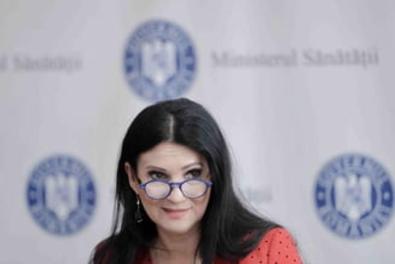 Sorina Pintea: Medicii noștri sunt mult mai bine pregătiți decât în străinătate, neavând aparatură. Au lucrat ca pe front