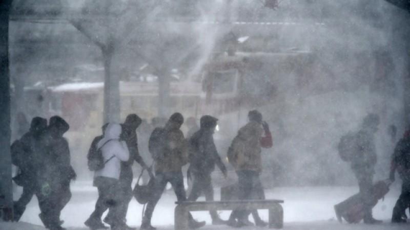 Specialiștii anunţă o iarnă grea. România ar putea fi lovită de un vortex polar