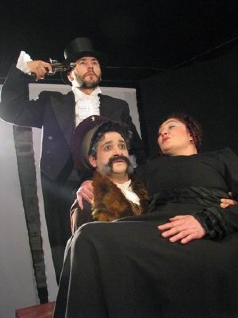 """Spectacolul """"Ursul"""", la Teatrul Eminescu"""