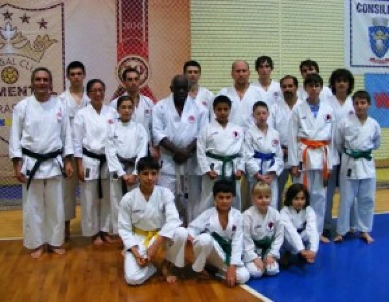 Sportivii de la Black Tiger Botosani, 10 medalii la Campionatul European de Karate ISKF