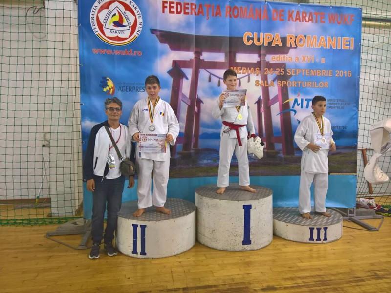 Sportivii de la Black Tiger, medaliaţi la Cupa României la Karate WUKF!