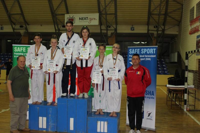 Sportivii de la Brilliant Taekwondo s-au intors cu medalii de la Campionatul Național de Poomsae