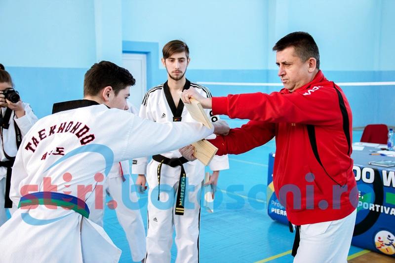 Sportivii de la Brilliant Taekwondo SC au sustinut examenul de grad! REZULTATE & FOTO