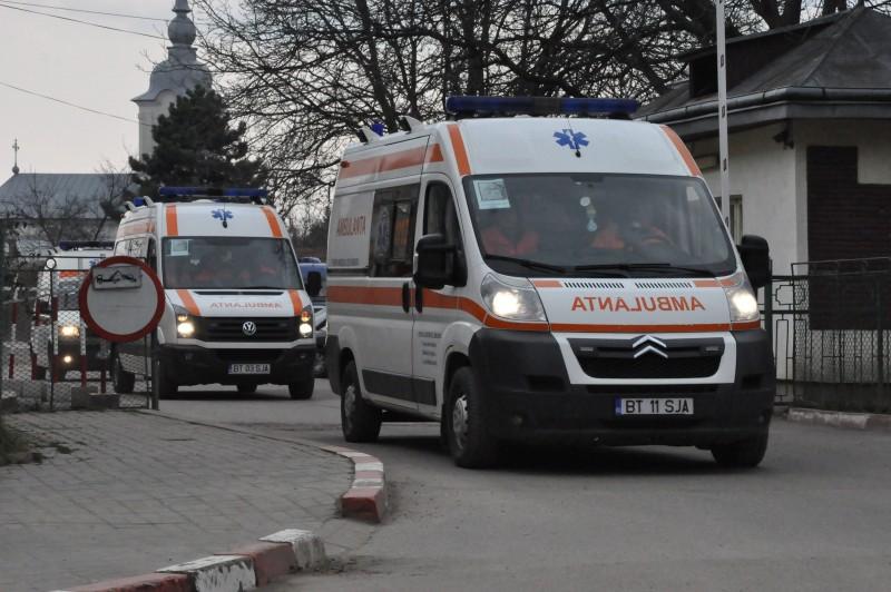 Sporuri tăiate salariaţilor de la Serviciul Judeţean de Ambulanţă Botoşani