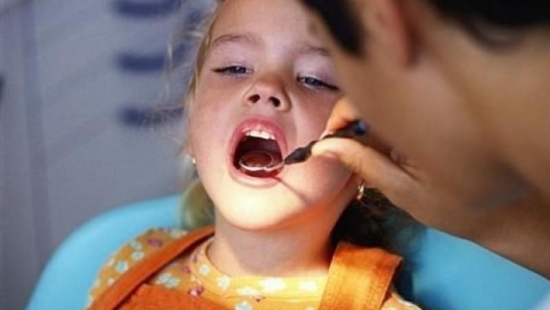 Spune Aaaaa! gândește-te la gura ta, gândește-te la sănătatea ta!