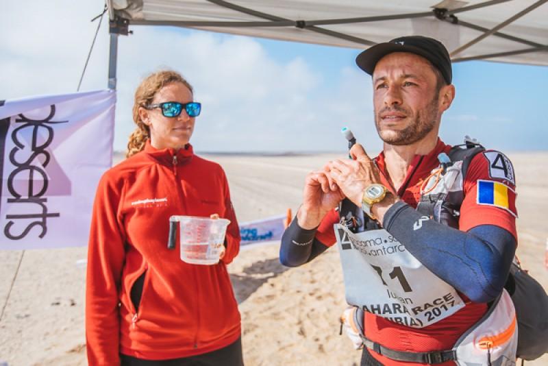 """Start bun pentru botoşăneanul Iulian Rotariu în """"Sahara Race"""" FOTO"""