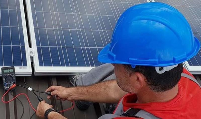 """Start în programul """"Casa Verde"""" pentru panouri fotovoltaice!"""