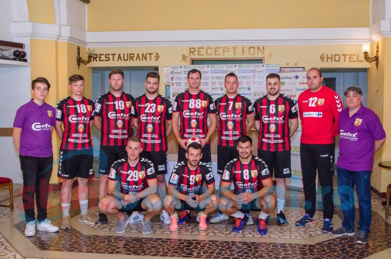 Start optimist în noul sezon pentru echipa botoșăneană de handbal masculin! FOTO