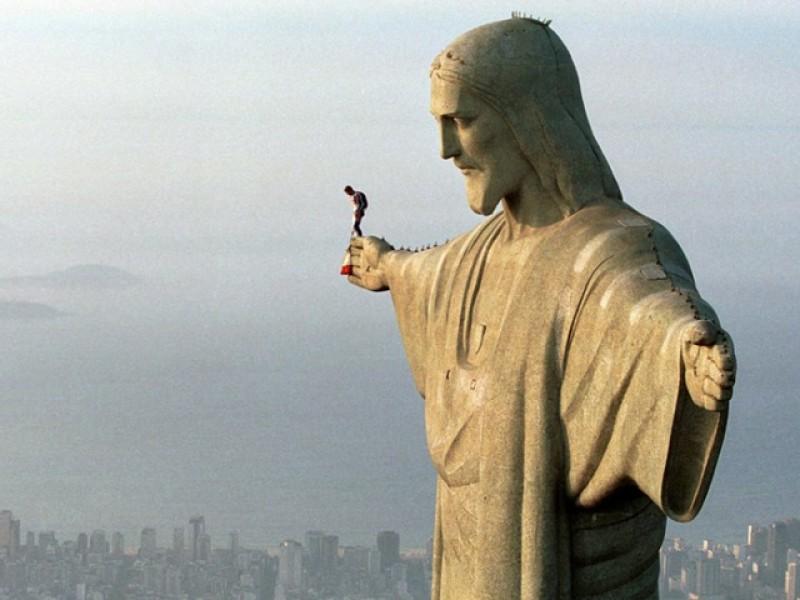 Știați că autorul chipului celebrei statui a lui Iisus din Rio de Janeiro este un român?
