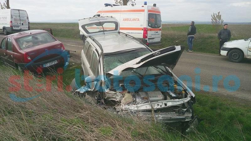 Accident grav cu victime pe drumul Botoşani-Suliţa! Trei maşini s-au ciocnit violent după o depăşire neregulamentară! FOTO