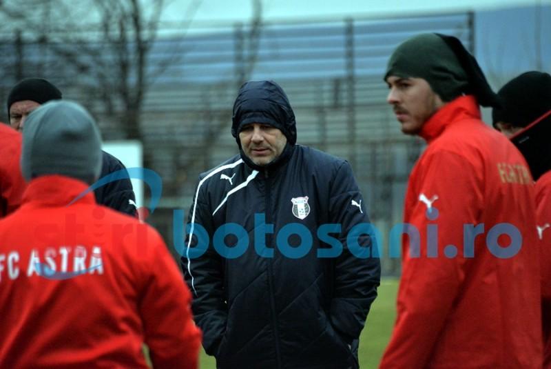 Șumudică poate paria pe FC Botoșani! Elevii lui Leo Grozavu sunt favoriți la casele de pariuri!