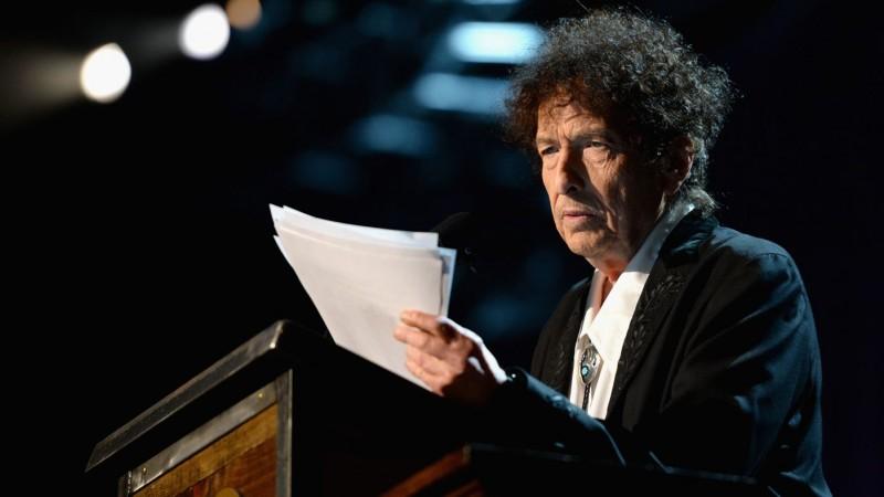 SURPRIZĂ! Bob Dylan a primit Premiul Nobel pentru Literatură 2016!