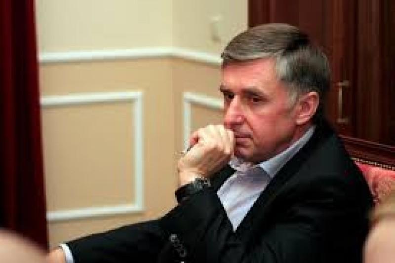 Surpriză de proporţii: Ion Sturza, proprietarul Elefant.ro şi fost partener al lui Patriciu, a fost desemnat să formeze guvernul în Republica Moldova!
