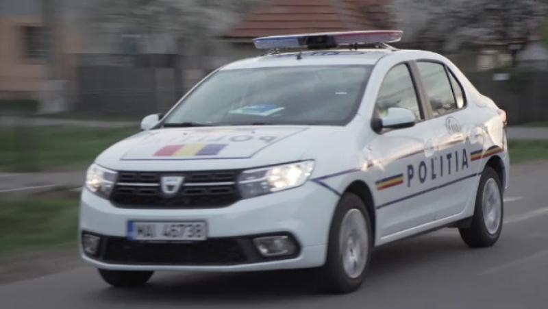 Surpriză după o urmărire cu mașina poliției: beat și fără permis, un tânăr gonea la volan pe străzile din Botoșani!