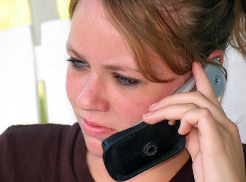 SURSE: Românii ar putea vorbi gratuit pe telefoanele mobile cu cetățenii moldoveni de 1 Decembrie