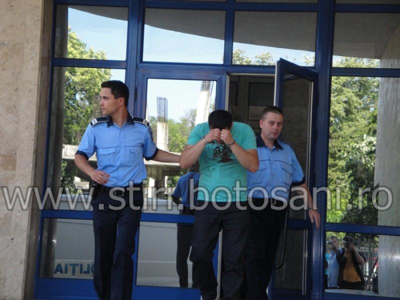Suspectii in cazul jafului de la Casa de amanet, arestati preventiv pentru 29 de zile! FOTO