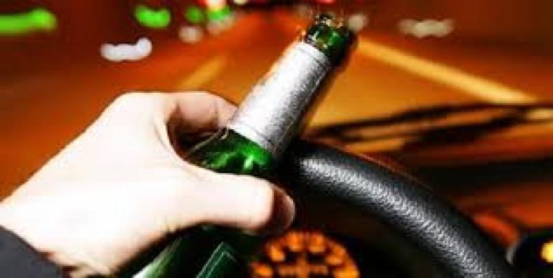 Tânăr cu o alcoolemie uriașă, depistat de polițiști la volanul unei mașini, la Flămânzi!