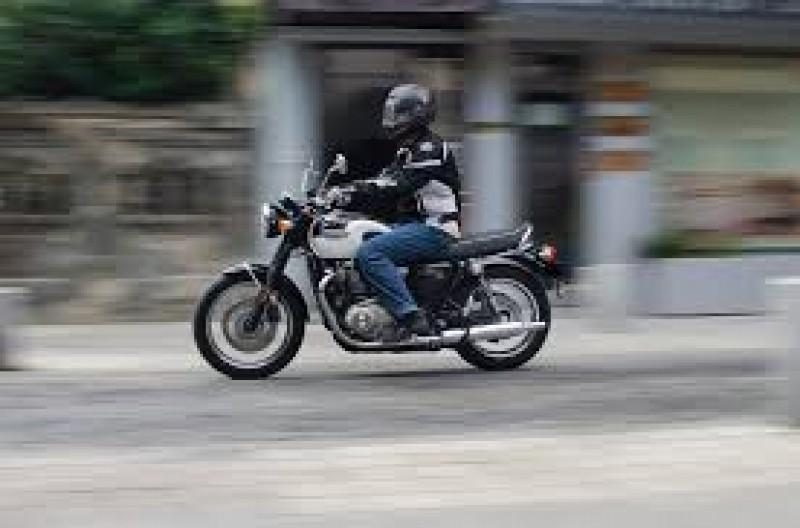 Tânăr din județ cercetat, după o plimbare cu mopedul neînmatriculat. Ce au descoperit polițiștii