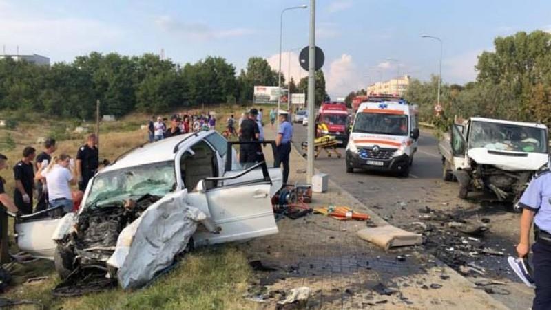 Tânărul care a produs accidentul grav de pe Sucevei a făcut infarct la volan!