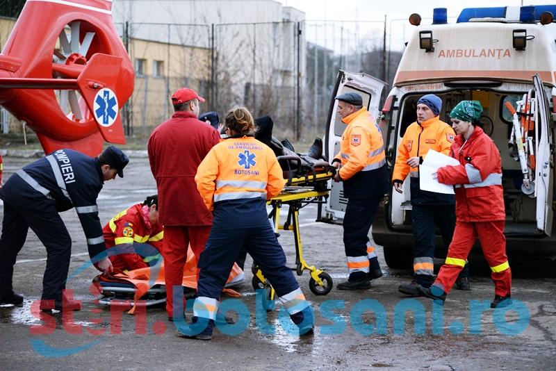 Tanarul din Botoșani, transportat cu elicopterul la Iași, a scapat ca prin minune!