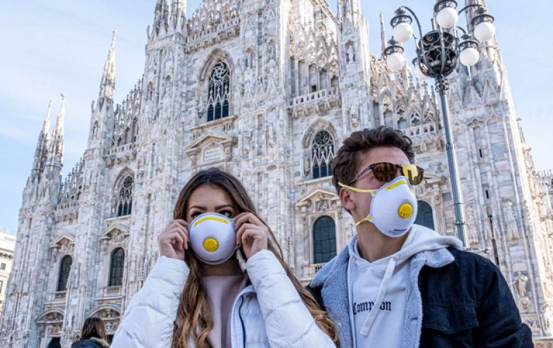 Țările Europei încep să se întoarcă la restricții. Italienii își închid cinematografele și teatrele, iar restaurantele și barurile se vor închide la ora 18.00