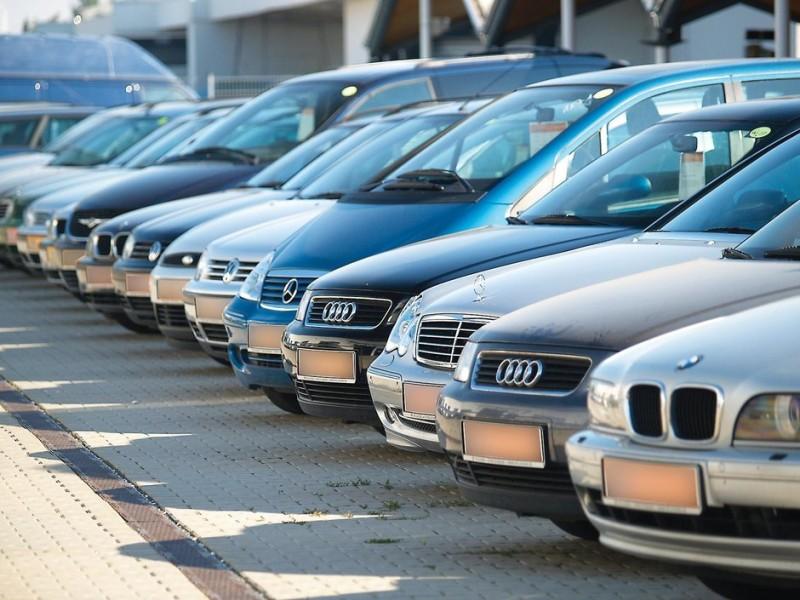 Taxa auto ar putea fi reintrodusa la vara si ar urma sa fie intre 50 si 3.000 de euro, in functie de norma de poluare!