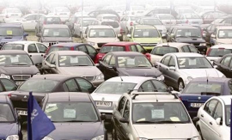 Taxele impuse șoferilor vor fi modificate. Noile sume de plată
