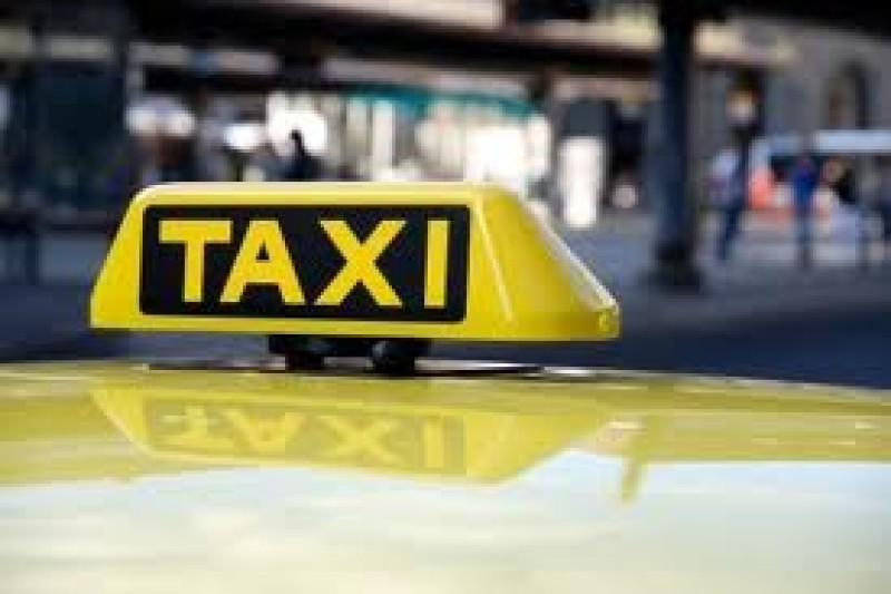 Taximetriști reclamați că refuză să ia clienți