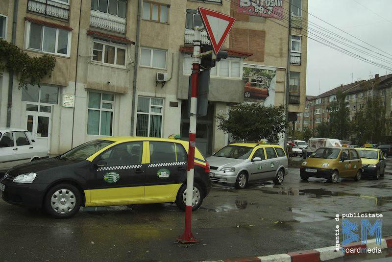Taximetristii botosaneni vor avea cazier la Primarie!