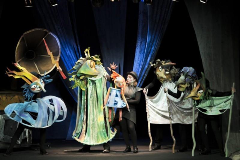 """Teatrul pentru Copii şi Tineret """"Vasilache"""" caută maestru de lumini"""