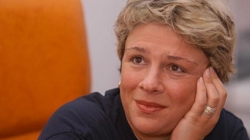 Teo Trandafir va fi internată într-un spital din Viena