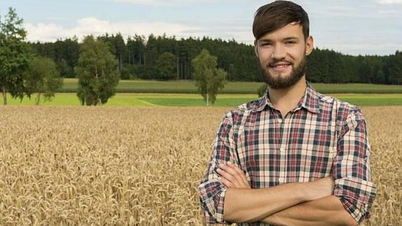 Terenuri gratuite pentru tineri: Până în 50 ha pentru cei care vor să își facă ferme!