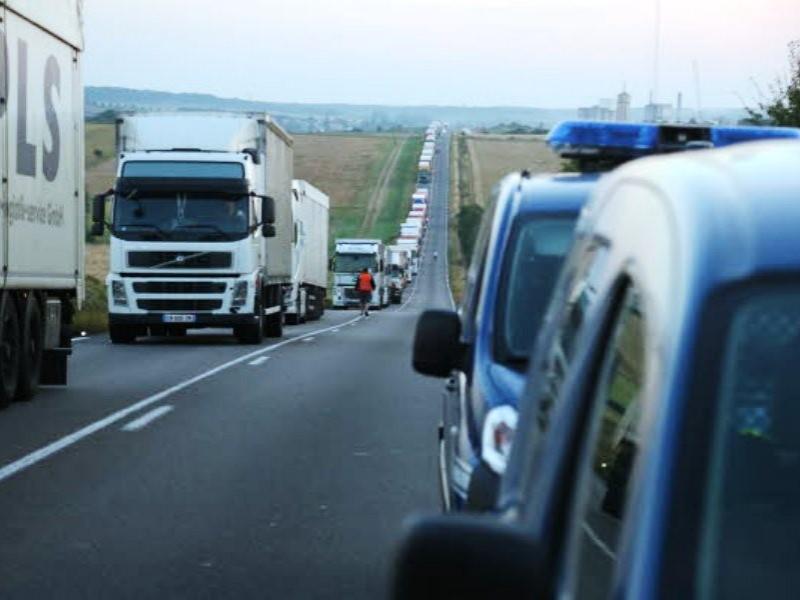 Teribil accident rutier în Franţa, între un camion și un autoturism la bordul căruia se afla o familie de români!