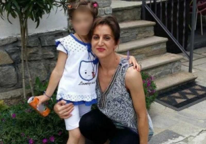 TERIBIL! Și-a aruncat fiica la ghena de gunoi. A omorât-o cu propria mână, apoi s-a sinucis!
