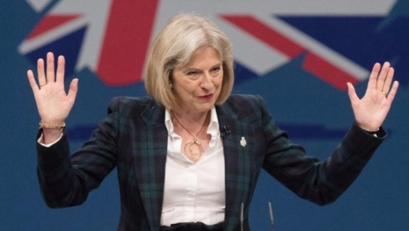 Theresa May a transmis că cetăţenii europeni care vor sosi în Regat în timpul perioadei de tranziţie post-Brexit nu trebuie să aibă aceleaşi drepturi ca cei care au ajuns în Marea Britanie atunci când statul era membru al U.E