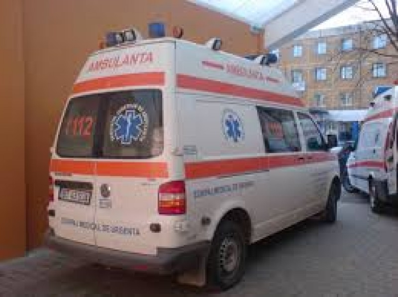 Tineri găsiţi plini de sânge pe un câmp din comuna Blândeşti! Poliţia a deschis o anchetă!
